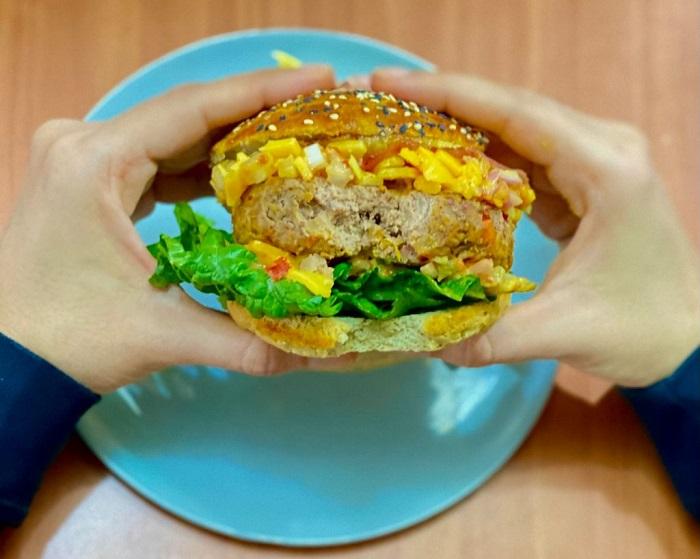 Suculenta Big Kahuna Burger